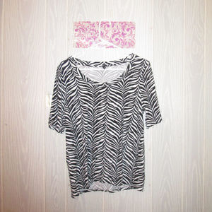 TALBOTS ZEBRA STRIPED SCOOP NECK TEE SHIRT